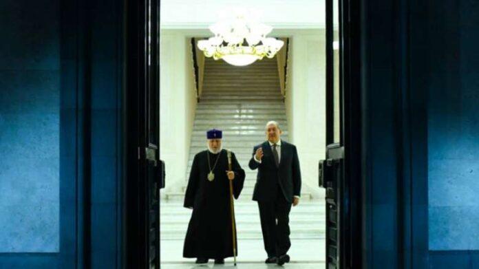 Արմեն Սարգսյանը և Գարեգին Բ-ն